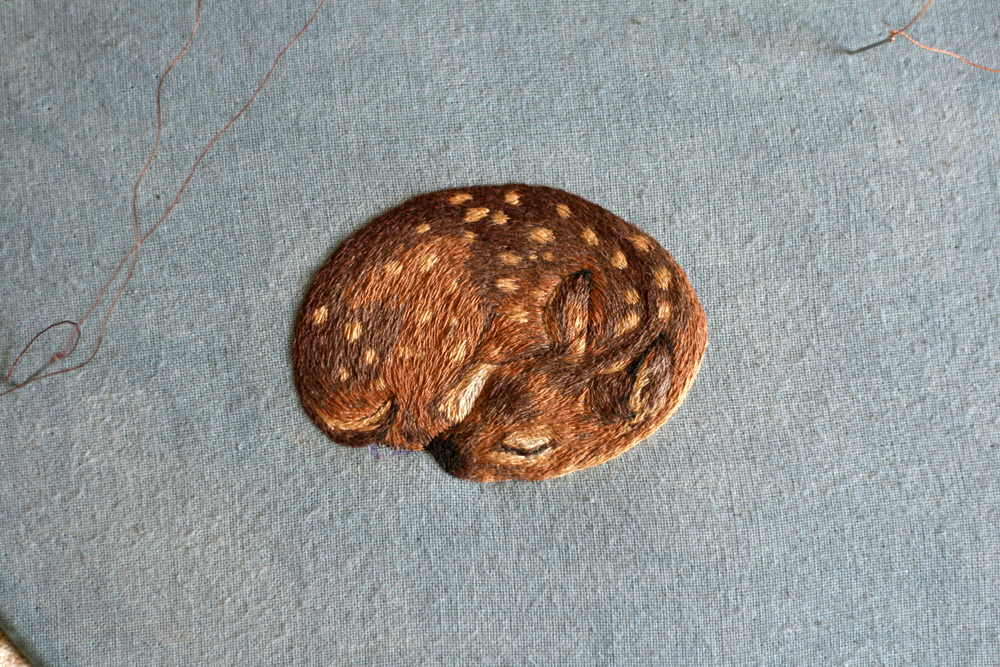 Realistic Animal Embroidery by Chloe Giordano