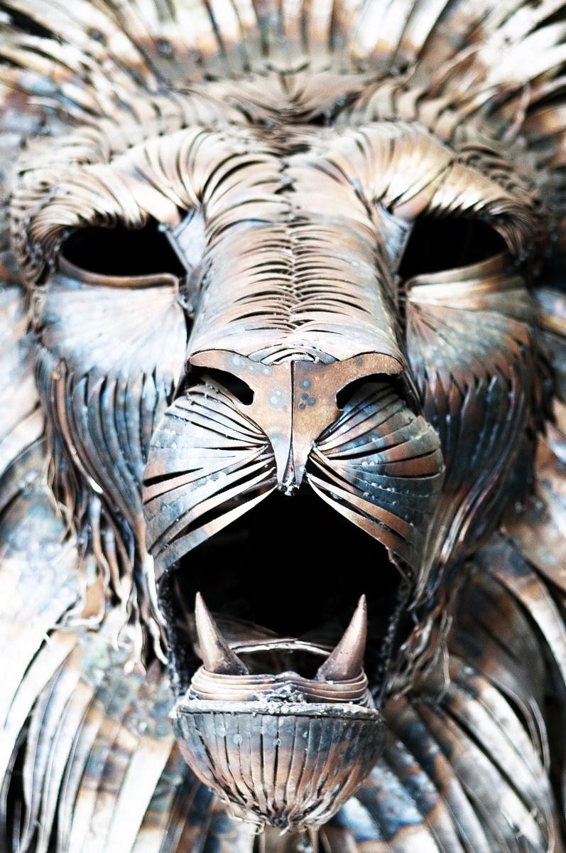 Aslan Sculpture by Selçuk Yılmaz