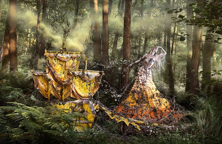 Wonderland Project - Conceptual Photography by Kirsty Mitchell