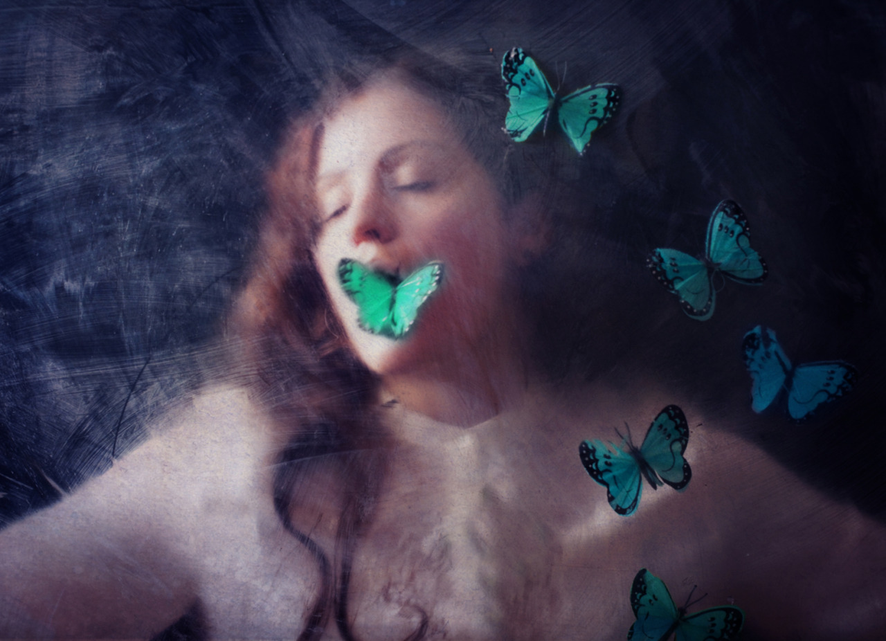 Conceptual Photography by Maren Klemp
