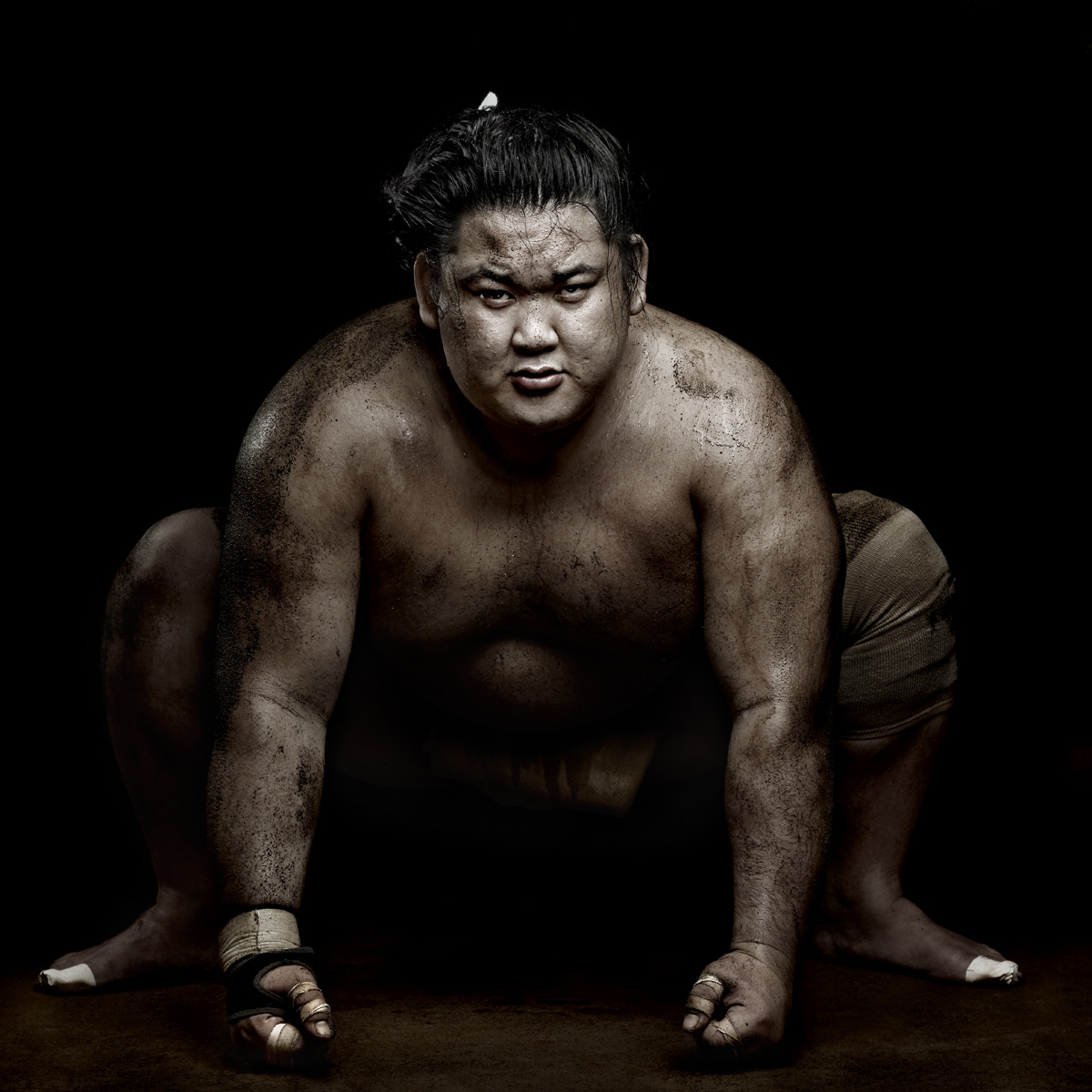 Sumo by Denis Rouvre